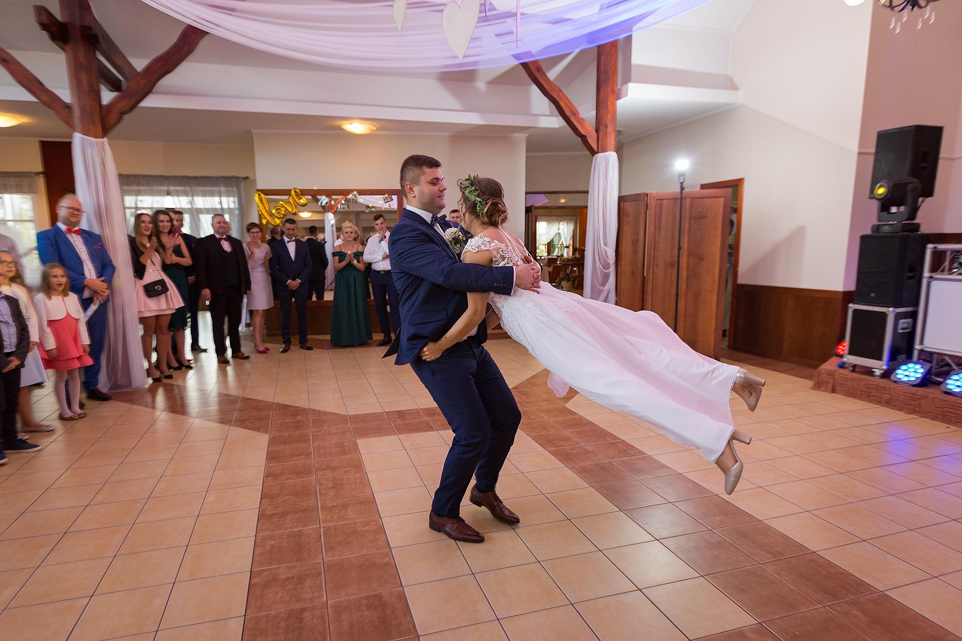 Pierwszy taniec Drobnice