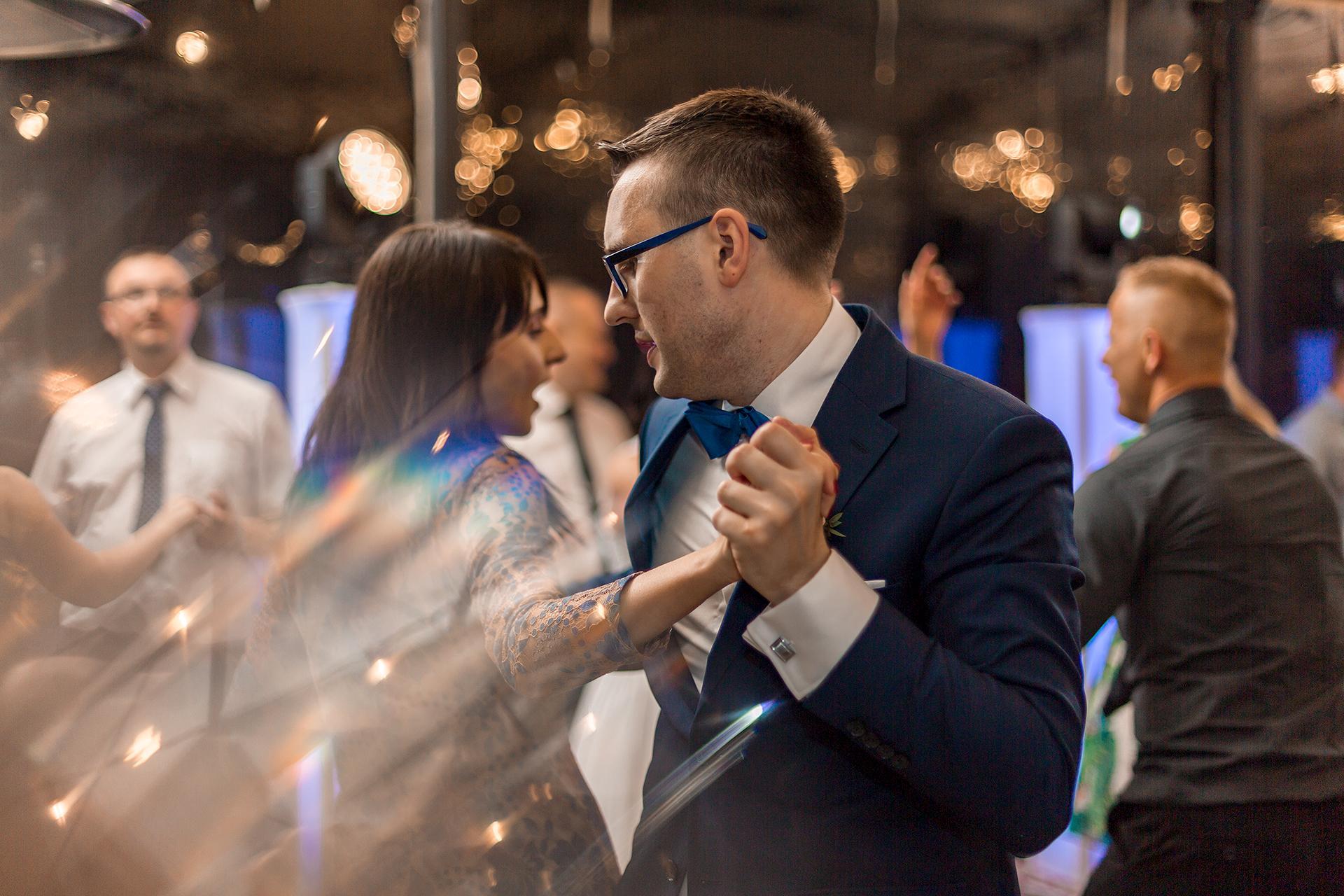 Tańczący Pan Młody