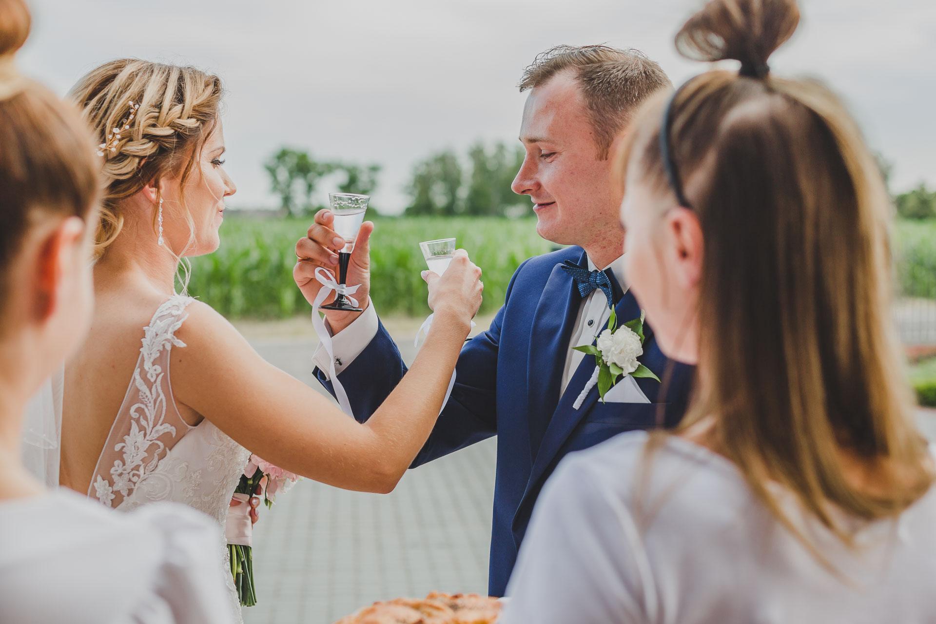 Przywitanie pary młodej - reportaż