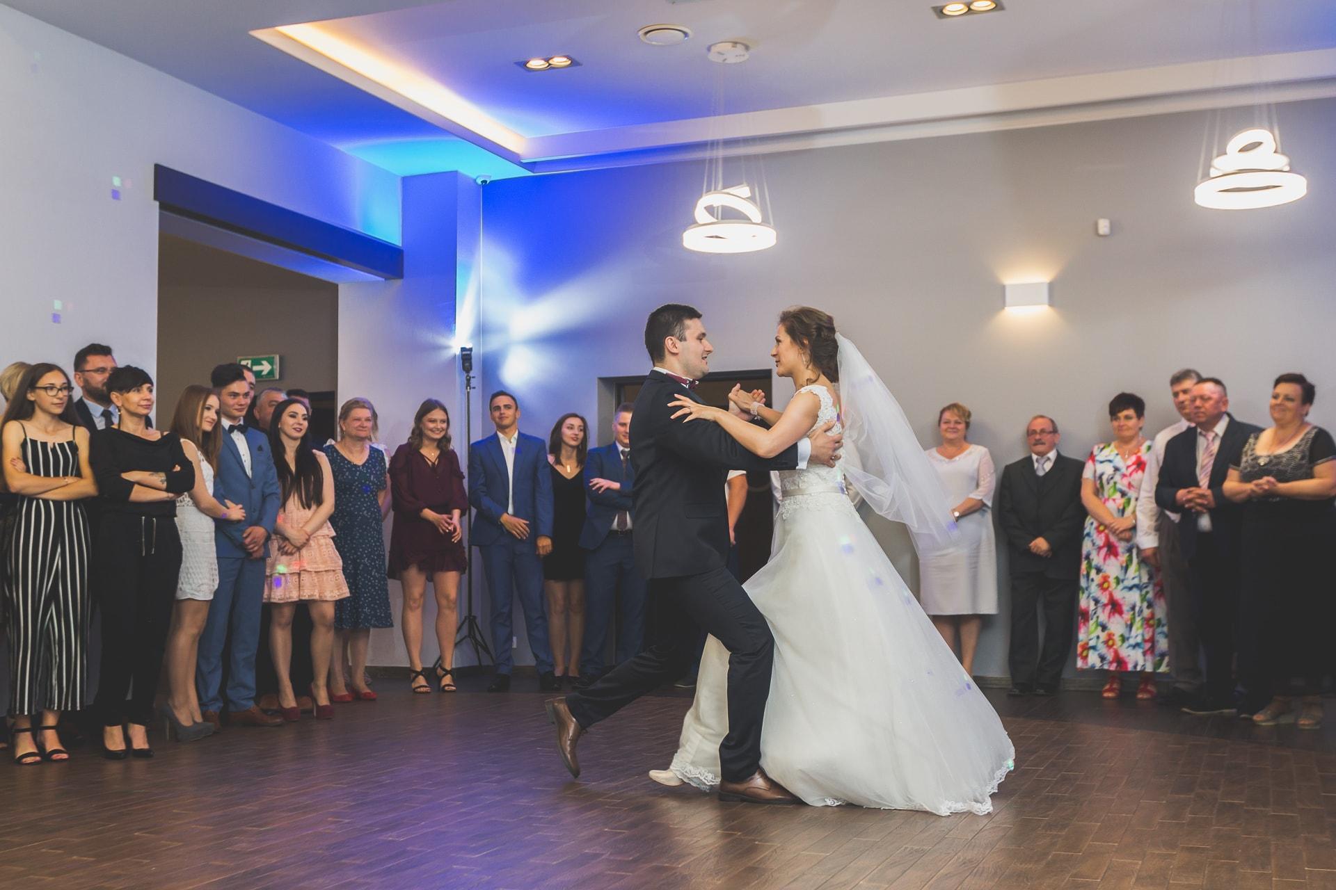 Pierwszy taniec układ