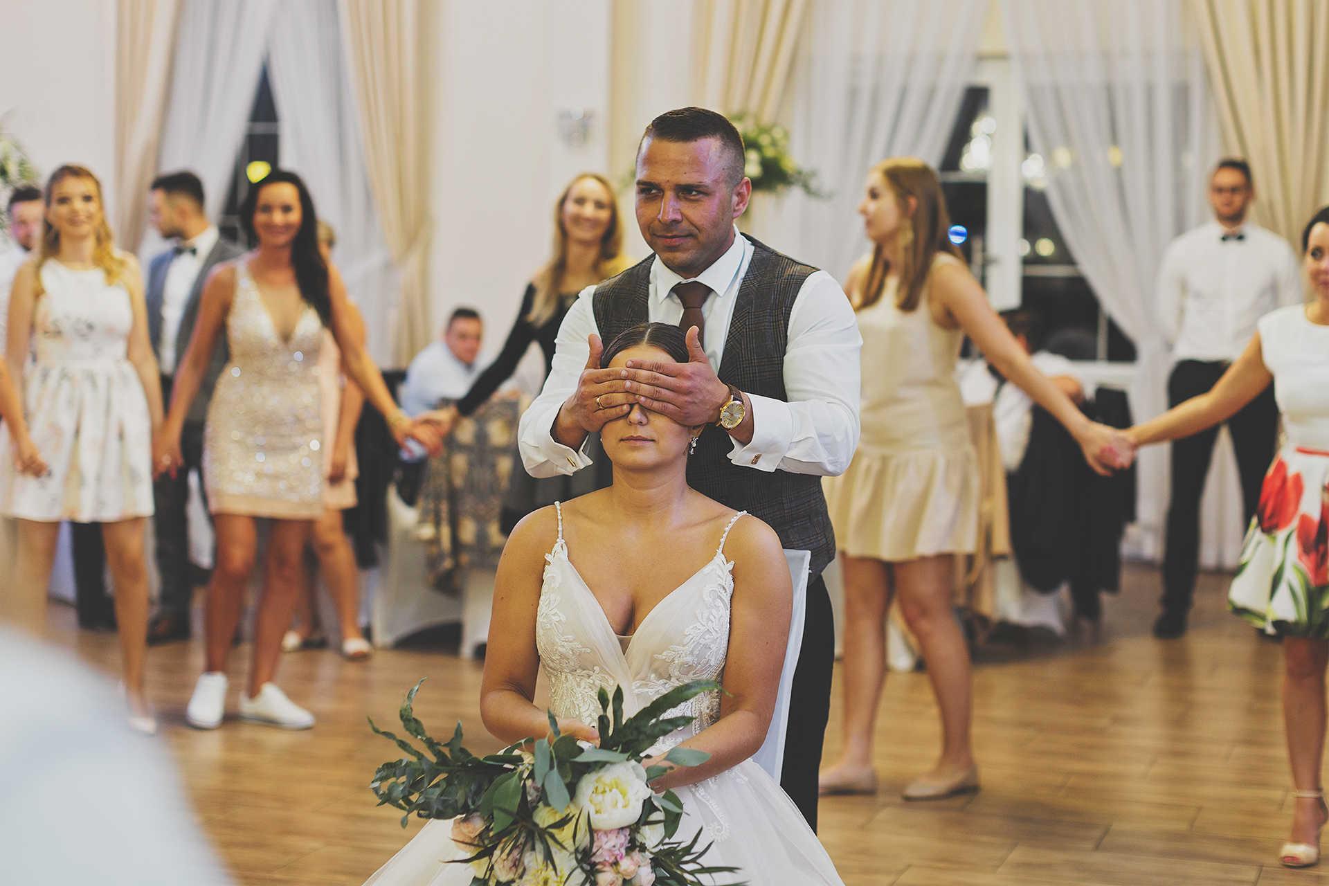 Reportaż ślubny - Oczepiny