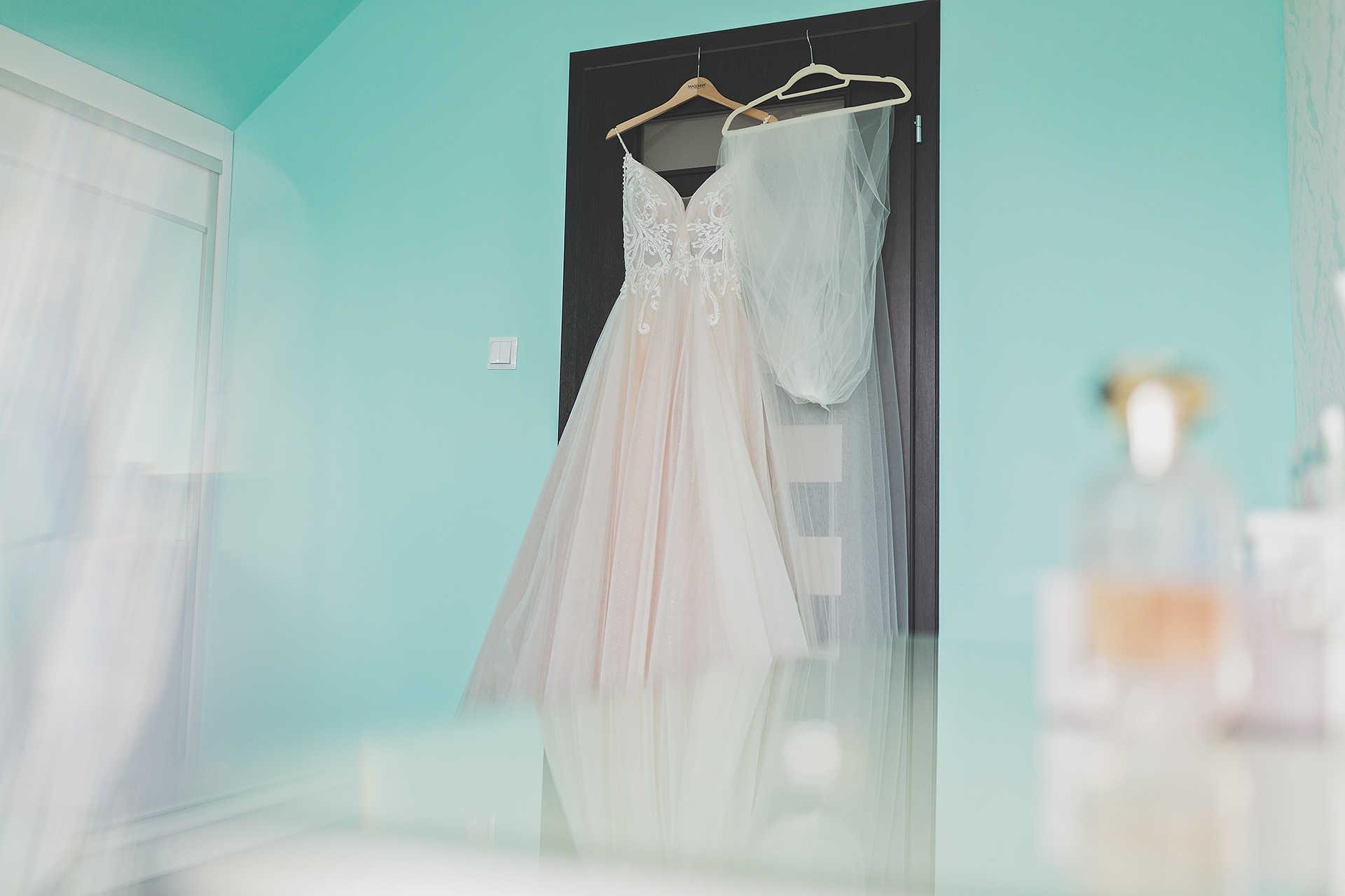 Suknia ślubna - Detal