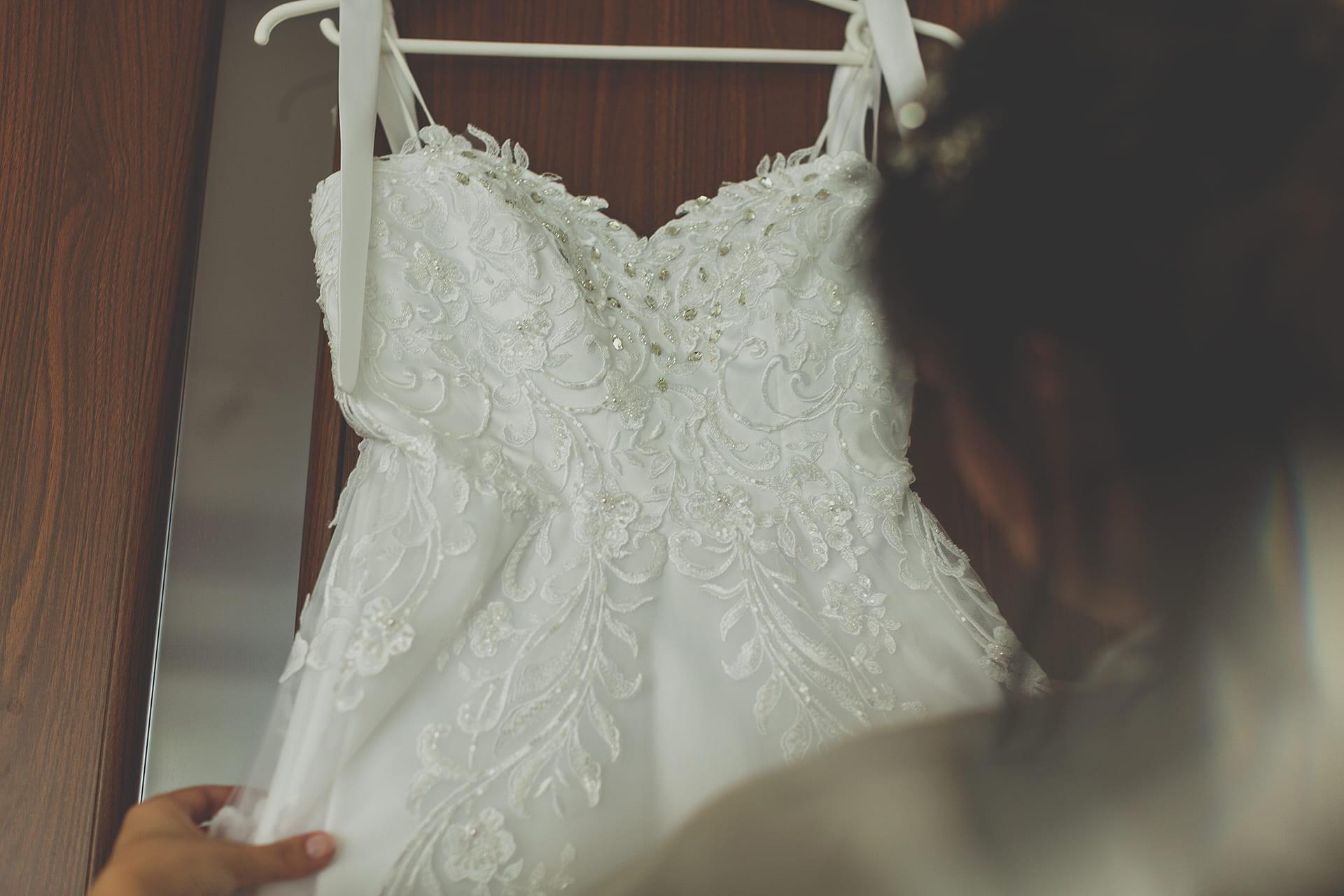 Detal - suknia ślubna