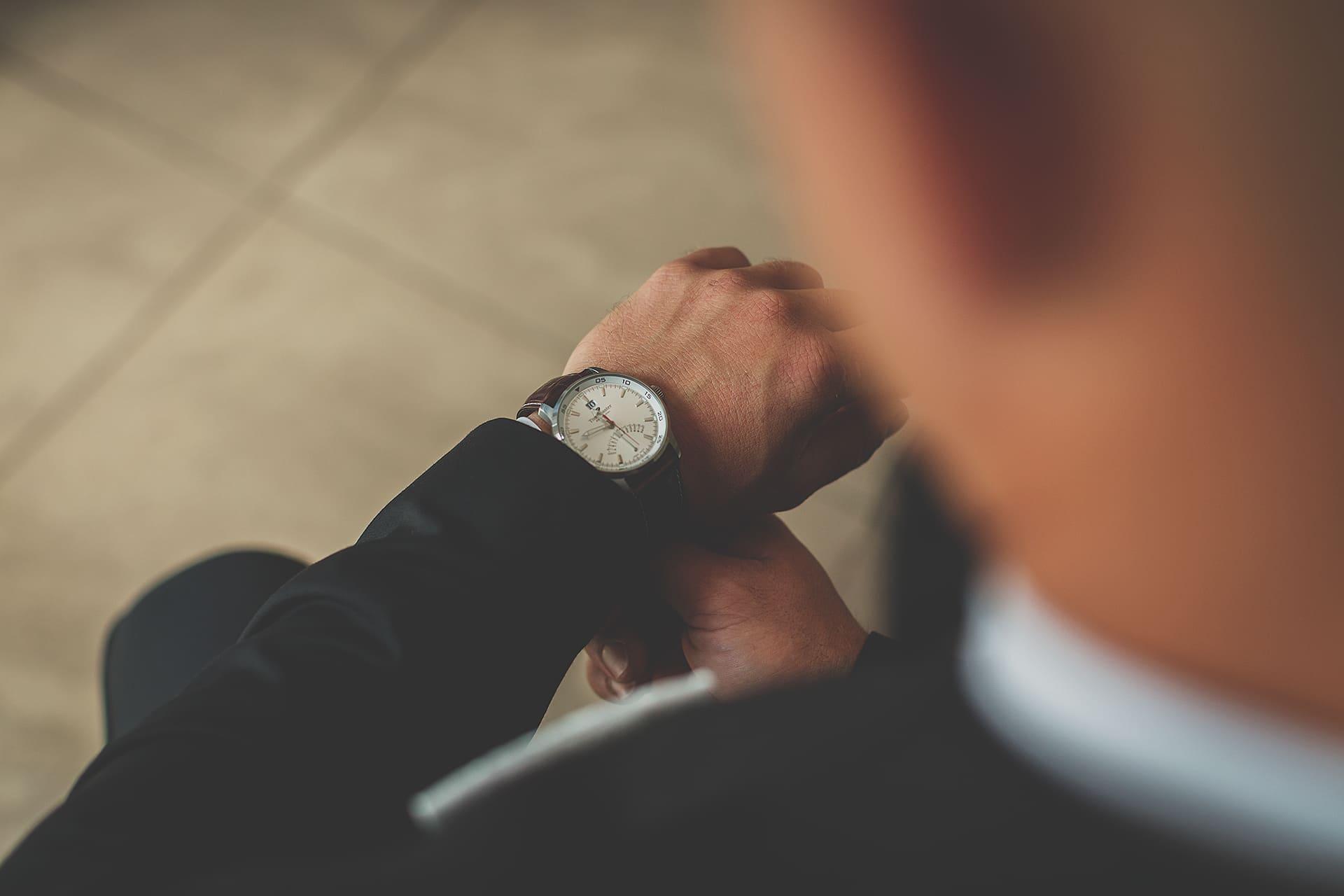Detal - zegarek pana młodego