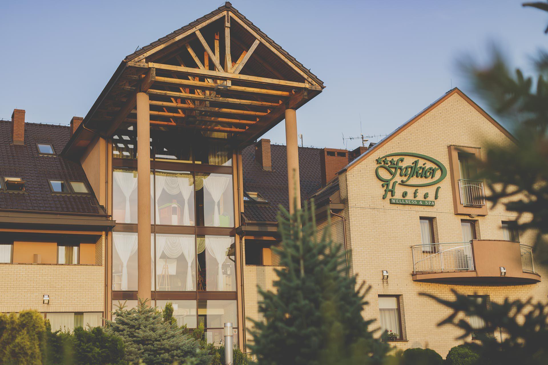 Hotel Fajkier Wellness & SPA - Lgota Murowana